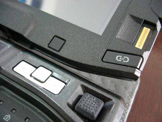 Mouse (bisa ditouch utk click) dan Fingerprint sensor