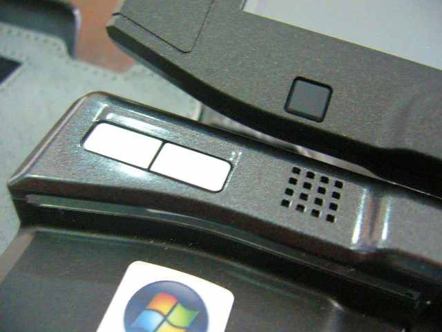 Klik kiri dan klik kanan, eh ada logo Vista OS
