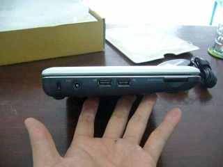 Pengaman, Charger, 2x USB, Memory card udah saya tambahkan lagi 8GB :)