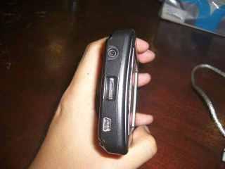 Samping ada USB, Micro SD dan audio jack