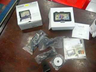 Komplit, kabel, charger, holder, manual dan GPS