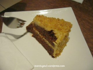 Carrot cake Bing Coffee