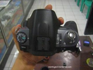 Hot shoe utk flashlight, ada mode dial yang mudah dijangkau