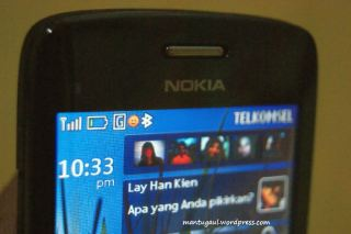 Nokia chat aktif ada icon smiley diatas
