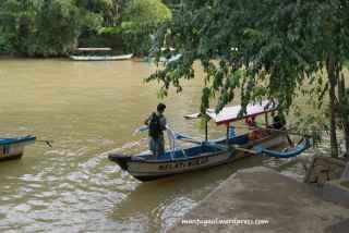 Perahu pakai mesin tempel suzuki