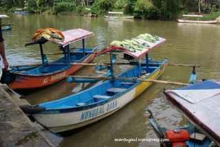 Tiap perahu ada namanya
