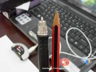 Perbandingan dengan pensil
