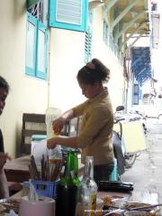 Pelayan bikin Bongko