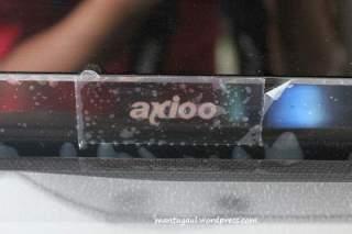 Logo Axioo dibawah LED