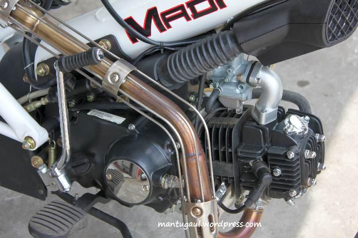 Review Motor Eropa Minerva Sachs MadAss 125cc, Si Pantat Gila Yang ...