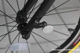 Quick release roda depan dan magnetic system