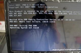 Belum ada OS, jadi instal dulu ya