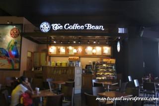 Ada kedai kopi