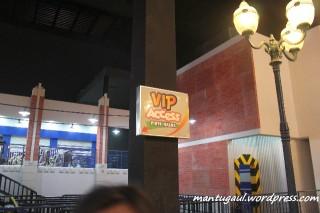 Malas antri beli akses VIP tanpa antri