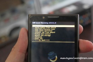 Sampai muncul CWM, CWM adalah jalan utama mengganti ROM custom