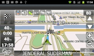 Modus navigasi Navitel tampil landscape