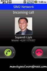 Waktu panggilan masuk, diatas muncul SIM 2 Network