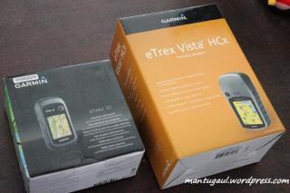 Kotak Etrex 30 (kiri) dan Etrex Vista HCX (kanan)