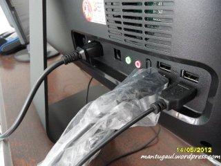 Dipasang cukup 3, mouse, keyboard dan power, tak pakai ribet