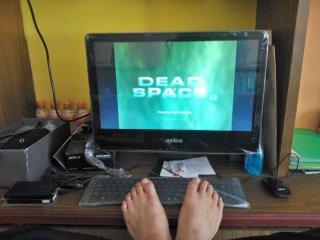 Asyiknya main game Dead Space 2 tanpa putus dan tidak panas