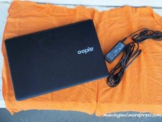 Laptop & chargernya