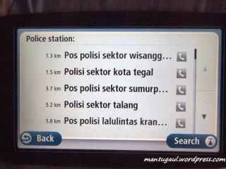 kantor polisi terdekat