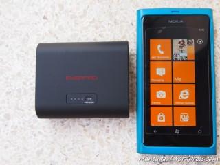 Ukuran 5200 vs Lumia 800