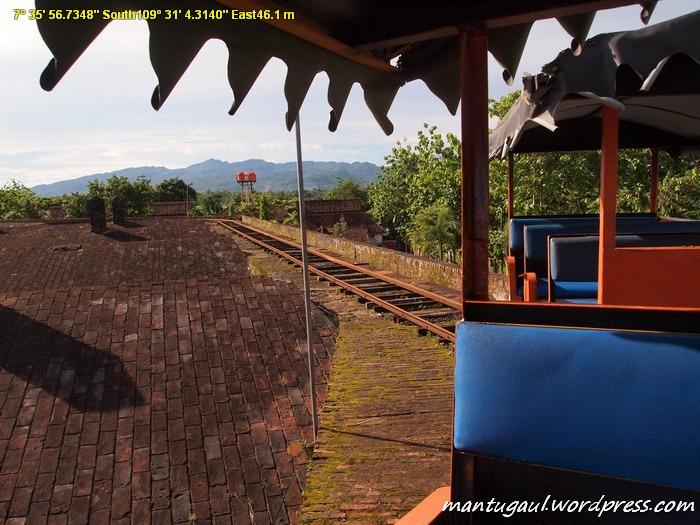 Naik kereta di atas Benteng Vanderwijck Rp5.000