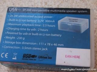 Spesifikasi produk di belakang kotak