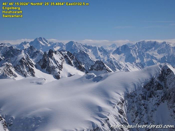 Pegunungan Swiss memang ciamik