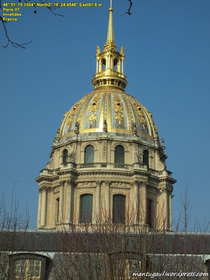 Invalides, rumah sakit buat korban perang sekarang jadi museum dan ada jenazah Napoleon di dalamnya