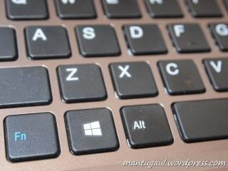 Keyboard chiclets