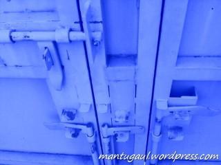 Camera belakang (blue)