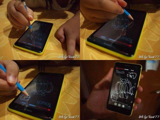 Gunakan pensil 2B, tulis di atas layar Lumia tidak akan merusak layar karena sudah ada antigore Gorilla glass 2