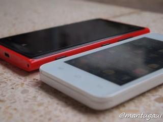 Perbandingan dengan Nokia Lumia 920