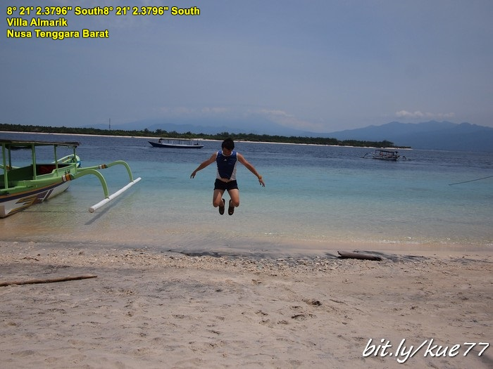 Lompat-lompat di Gili Trawangan