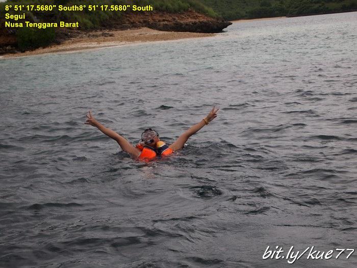 Snorkeling di Pantai Semangkuk