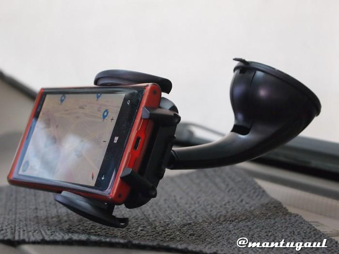 Posisi dengan terpasangnya Nokia Lumia 920